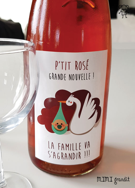 Grossesse Etiquette Bouteille Rose Pour Une Annonce Originale Et Decalee